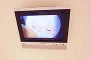 どんぐり小児歯科はテレビを見ながらのリッラクス診療